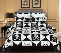 skull and crossbones bedding