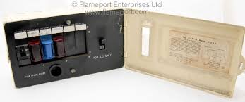 henley metal cased 6 way fusebox henley fusebox henley fusebox