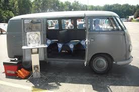 1950 barn door bus at volksfest 2011