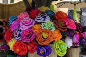 Flower Paper Mache Paper Mache Flowers Colorful Street Stand Selling Paper Ma Flickr