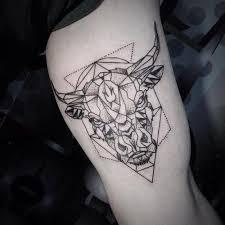 Být Tetování Historie Symbolu A Moderní Význam