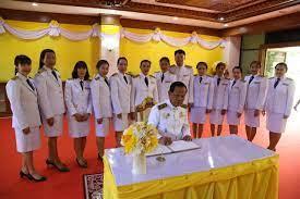 สพม.34 ร่วมพิธีลงนามถวายพระพรชัยมงคลพระบาทสมเด็จพระเจ้าอยู่หัว  เนื่องในโอกาสวันเฉลิมพระชนมพรรษา 28 กรกฎาคม 2563 - Chiang Mai News