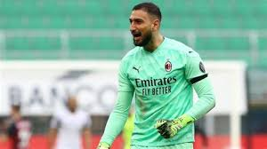 After declaring his intention to stay at ac milan, goalkeeper gianluigi donnarumma will apparently sign a new deal on a lower salary. Donnarumma Salary Donnarumma And Raiola Reject Ac Milan Contract Extension Gianluigi Donnarumma Earns 184 000 Per Week 9 568 000 Per Year Playing For Milan As A Gk