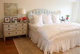 furniture feng shui. A Headboard With Good Feng Shui Has Few Essential Characteristics: Furniture
