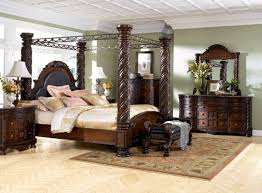 Luxury Bedroom Furniture Sets Mid Century King Size Bedroom Sets With 4 Big Pillars Curved Dark