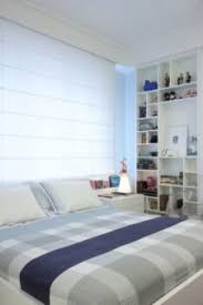 Coloque a cabeceira entre a cama e a parede e deixe as duas segurarem a cabeceira. Cama Embaixo Da Janela Como Colocar Blog Mara