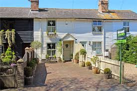 cottage office. Post Office Cottage, Marsh Green Road£410,000 Cottage N