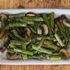 asparagus spears with mushrooms
