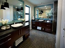 Midcentury Modern Bathrooms Pictures  Ideas From HGTV HGTV - Contemporary master bathrooms