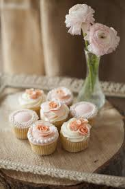 wedding cupcakes. wedding cupcakes