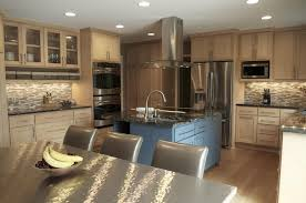 Light Wood Cabinets Kitchen Kitchen Decor Ideas With Oak Cabinets Natural Maple Cabinets