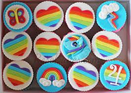 cupcakes mlp rainbow dash. Interesting Cupcakes Throughout Cupcakes Mlp Rainbow Dash