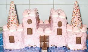 Novelty Cake Designs Castle Cake Design