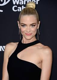 makeup theater actress jaime king attends premiere of dimension films 39 sin city a dame to s ny