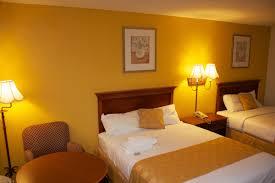 Shining Light Inn Kissimmee Fl Amber Inn Suites Kissimmee Fl Hotels Tourist Class
