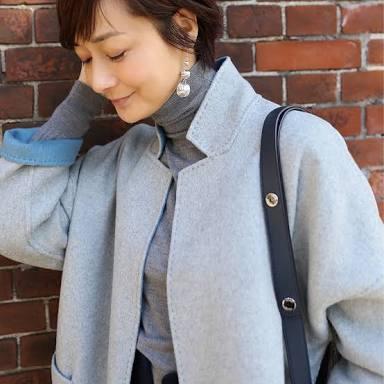 グレーコートの富岡佳子