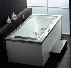 wasauna negative edge bathtub with inline heater 1 person 21 jets 8 side water jets 8 bottom water jets and 5 back air jets 2 hp pump 110v power input