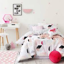 modern kids bedding theme  the holland  warm and cozy modern