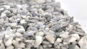 Mit epoxidharz können sie einen extrem belastbaren bodenbelag herstellen. Fussboden Steinteppich Versiegelung Beschichtung Harzboden