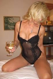 Hot mom wife milf