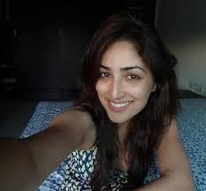 yami gautam without makeup