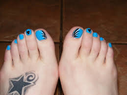 Blue toe nail designs - how you can do it at home. Pictures ...