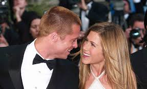 Brad Pitt and Jennifer Aniston Relationship Timeline from ...