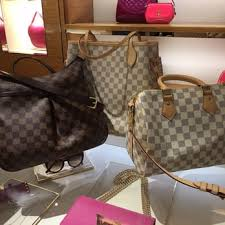 louis vuitton galleria. louis vuitton mclean tysons galleria - 35 photos \u0026 31 reviews leather goods 1749 international dr, mclean, va phone number yelp