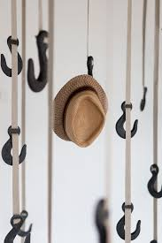 grapple-sustainable-coat-rack-with-hooks