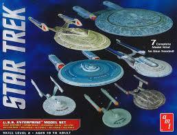 Uss Enterprise Light Up Model Round 2 Llc Amt 0954 1 2500 Star Trek Uss Enterprise Box Set Snap