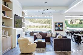 Webster Design Comfort Meets Glam Inside This Football Greats L A Home