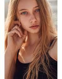 ALEXANDRA BURCH · NEW FACES · WOMEN | La models, Model, Women