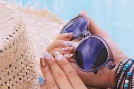 今夏大注目の夏ブルーを使用したおすすめデザインカラーをご紹介