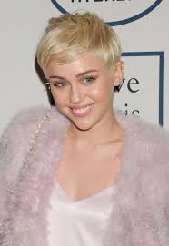 Heart Shaped Hair Style the right pixie cut for your face shape 2511 by wearticles.com