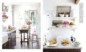 In interior designer Chris Barrett's 1929 bungalow located in Brentwood,  California, she utilizes the small 1,050 square foot space to its maximum  potential ...