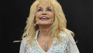 dolly parton renews her vows with her husband of 60 years