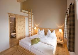 Apply Romantic Bedroom Ideas For Romantic Couple talentneedscom