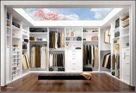 Begehbarer Kleiderschrank Selber Bauen Ikea Fein Lila Schlafzimmer