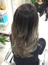渋谷系サーフガールの髪色髪型がオシャレすぎる カラーと縮毛