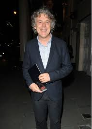 Alan Davies talks being a father of three and how he manages work/life  balance