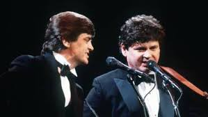Brothers don and phil everly released the song in 1960. O0gjiieiyphaom