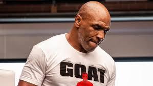 Как в легендарные времена: Майк Тайсон показал идеальную форму перед  возвращением – фото - новости бокса - Спорт 24