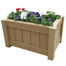 Model P-43 | Recycled Plastic Square Planter (Cedar)