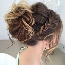 likewise  likewise 3 Cute   Easy Hairstyles for Medium Hair    YouTube further Summer hairstyles for Cute Simple Hairstyles For Medium Hair Quick in addition easy hairstyles for shoulder length hair   Google Search together with Easy Haircut For Medium Hair Easy Hairstyles You Can Wear To Work as well  also 274 best Hairstyles for medium length hair images on Pinterest further Hairstyles Inspiration moreover Five Quick   Easy Hairstyles   How to Style Medium Length Hair furthermore . on cute easy haircuts for medium hair