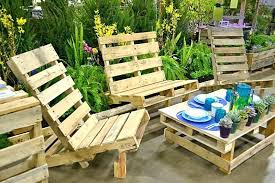 making a patio out of pallets patio furniture out of pallets use trash to make vertical