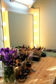 simple stylish vanity table