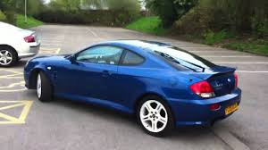 Girlfriend driving Hyundai coupe modified - YouTube