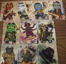 Lego Ninjago Trading Card Game Spezial Ultra Karten alle 10: Amazon.de:  Spielzeug