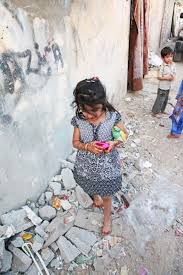 street children essay street children fight slavery now the  abu hamour photo essay iacute or oacute in children play in the street barefoot