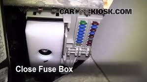 interior fuse box location saturn outlook saturn interior fuse box location 2007 2010 saturn outlook 2009 saturn outlook xr 3 6l v6